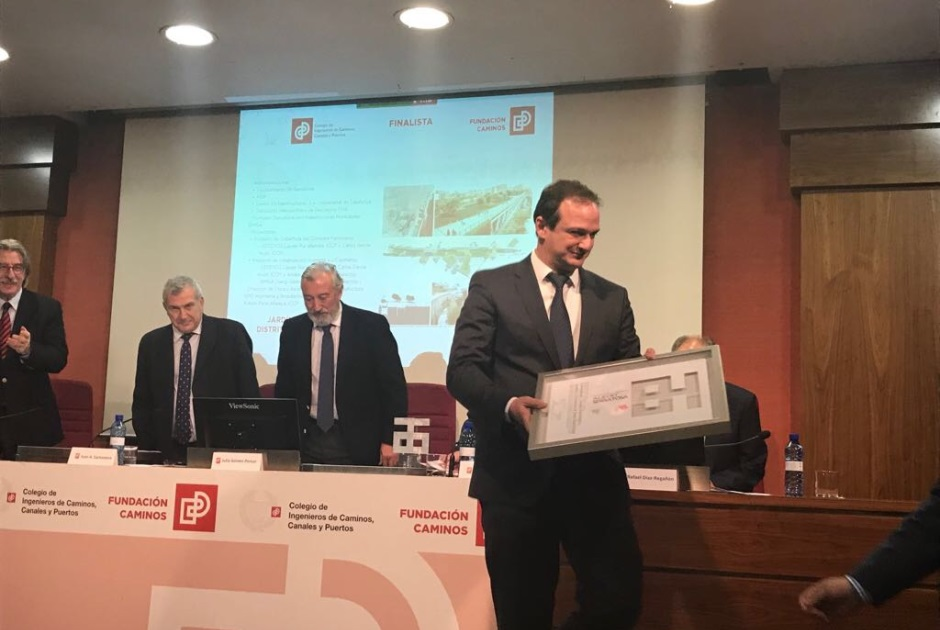 ESTEYCO FINALIST IN THE 1ST EDITION OF THE CITY AND TERRITORY AWARD, ALBERT SERRATOSA, WITH THE COVERAGE OF THE RAILWAY CORRIDOR AND ACCESS TO THE SANTS STATION, IN BARCELONA.