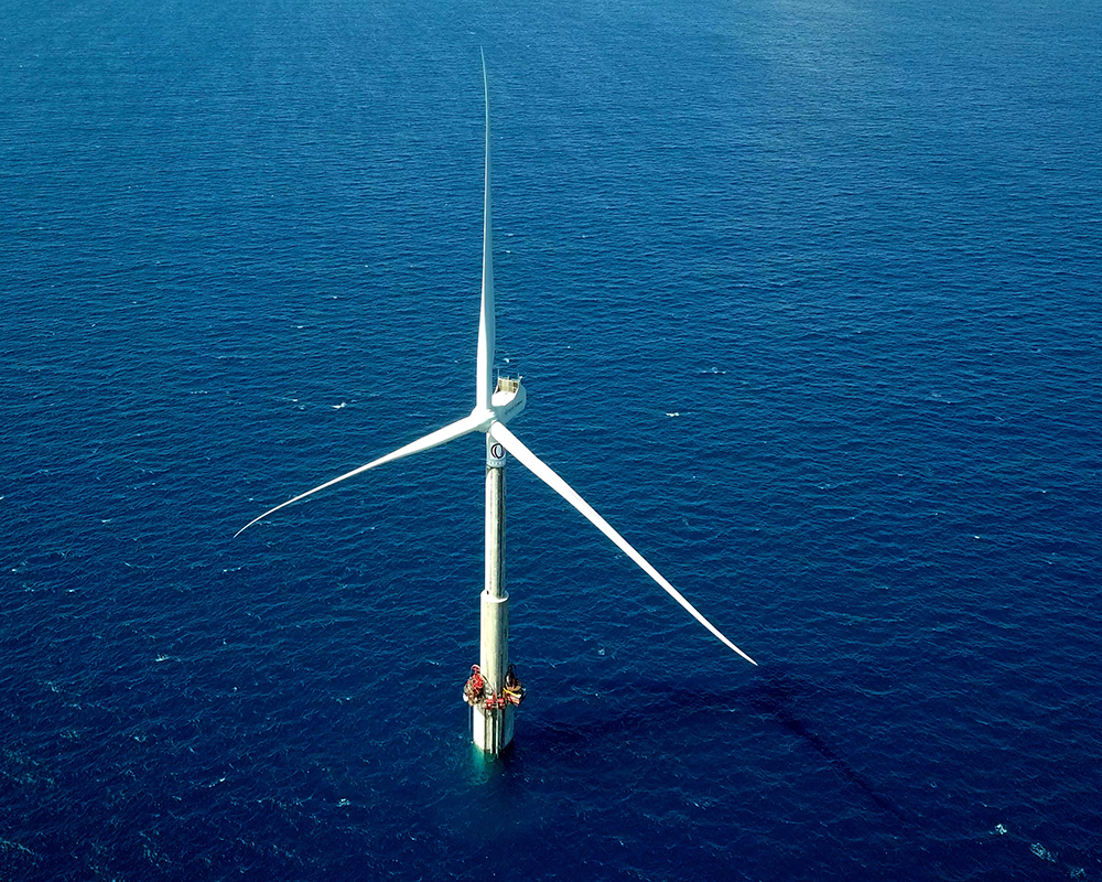 THE FIRST OFFSHORE WIND TURBINE IN SPAIN STARTS OPERATION: IT IS THE FIRST TIME THAT AN OFFSHORE WIND TURBINE INJECTS ENERGY TO THE ELECTRICAL NETWORK